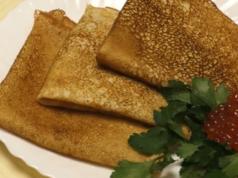 Блины на кефире с кипятком — пошаговые рецепты тонких заварных блинчиков фото