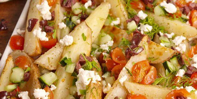 Картофель по-гречески с лимонно-йогуртовым соусом фото