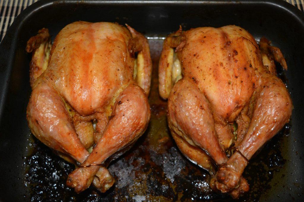 Курица в духовке целиком со сливочным маслом фото