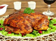 Очень вкусная курица в духовке с корочкой — 9 рецептов фото