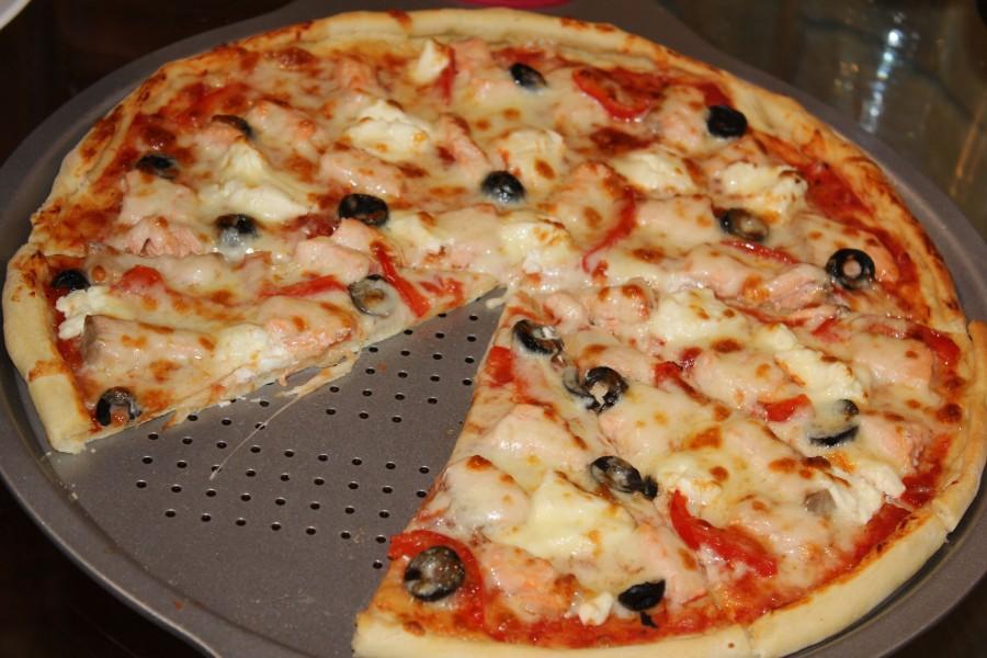 Тесто для пиццы как в пиццерии — простой и вкусный рецепт фото