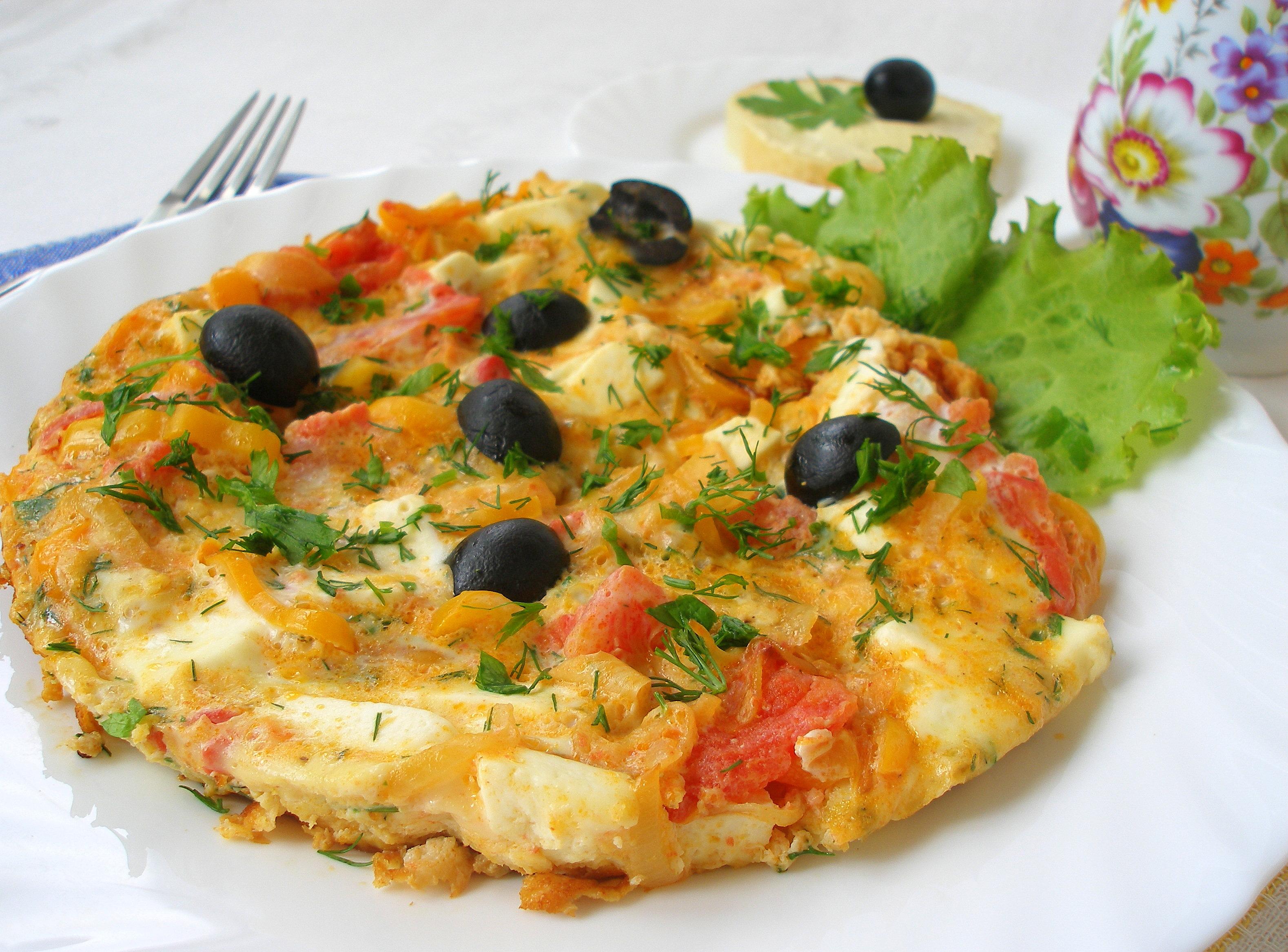 Болгарский рецепт как приготовить омлет с перцем и брынзой фото