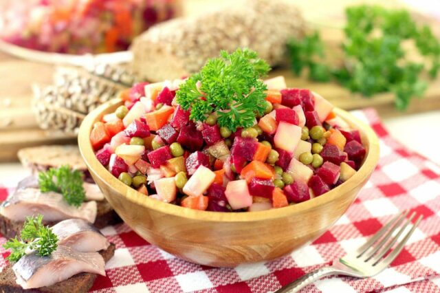 Как приготовить винегрет — 10 вариантов вкусного салата фото