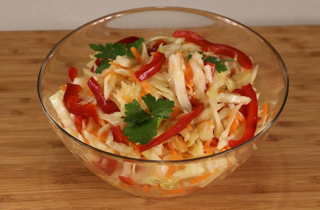Маринованная капуста быстрого приготовления с болгарским перцем фото