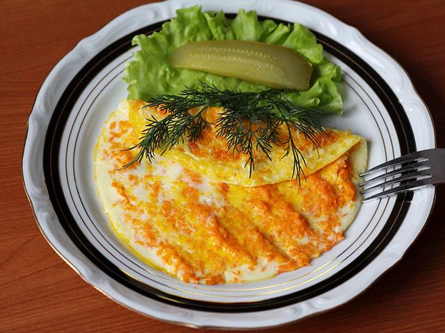 Как приготовить омлет с морковьюпо–польски фото