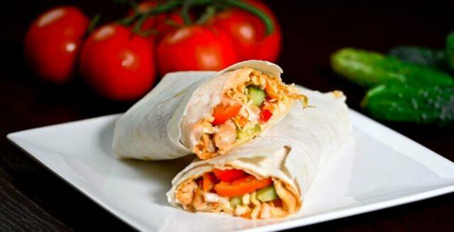 Как приготовить шаурму в домашних условиях 5 пошаговых рецептов + соусы фото
