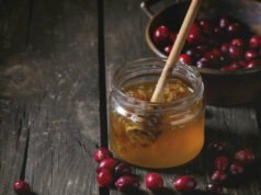Клюква с медом лечение и полезные свойства фото