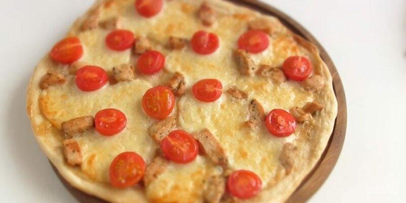 Пицца в духовке «Цезарь» фото