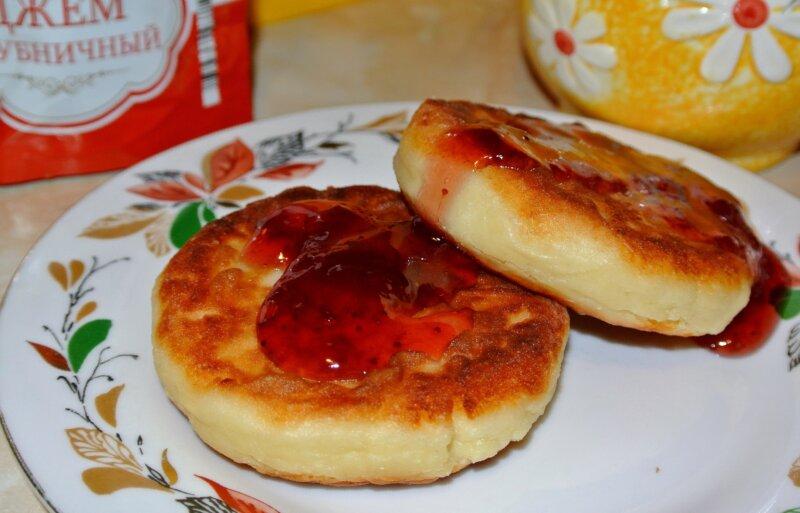 Сырники из творога с манкой фото