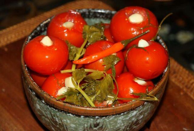Маринованные помидоры на зиму — очень вкусные и сладкие рецепты быстрого приготовления фото