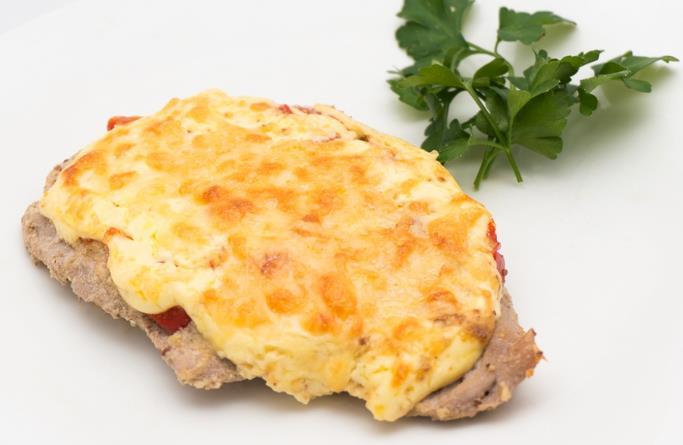 Мясо по-французски из свинины в духовке фото