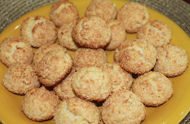 Песочное печенье с кокосовой стружкой фото
