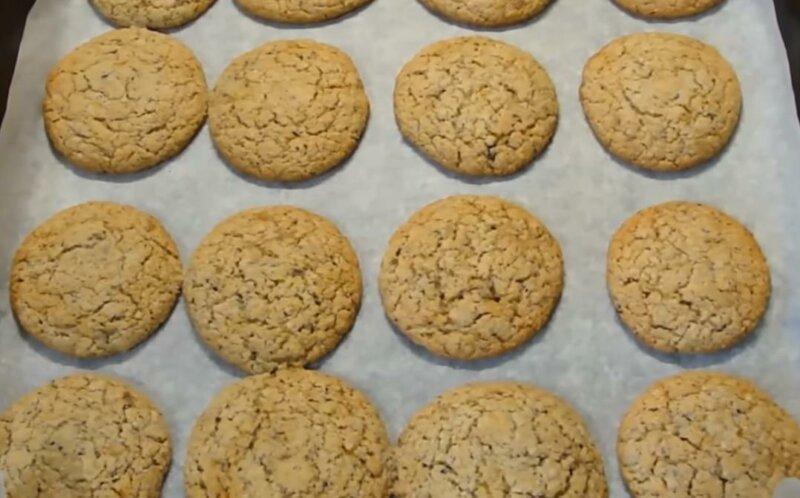 Рецепт песочного печенья из овсяной муки фото