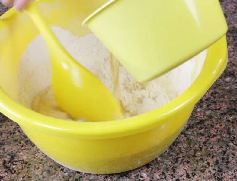 Тесто на чебуреки на пиве фото