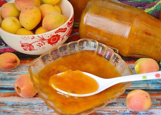 Густое варенье из абрикосов без косточек на зиму фото