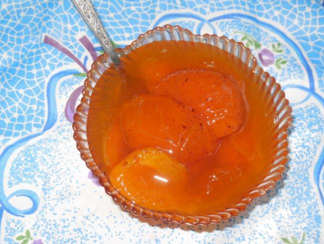 Как сварить абрикосовое варенье без косточек дольками фото