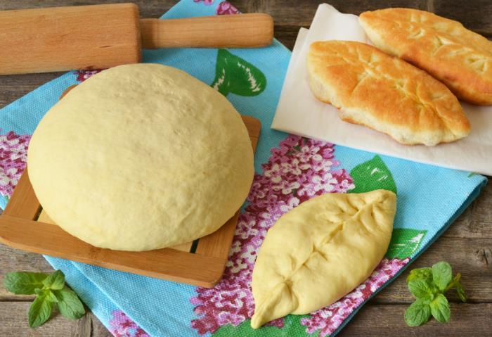 Пресное тесто для пирожков на кефире фото