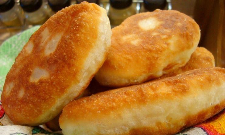 Рецепт пышных пирожков без дрожжей фото