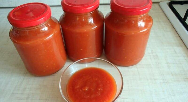 Домашний кетчуп из помидор на зиму — рецепт через мясорубку