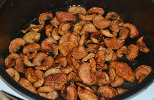 Как варить компот из сушеных яблок фото
