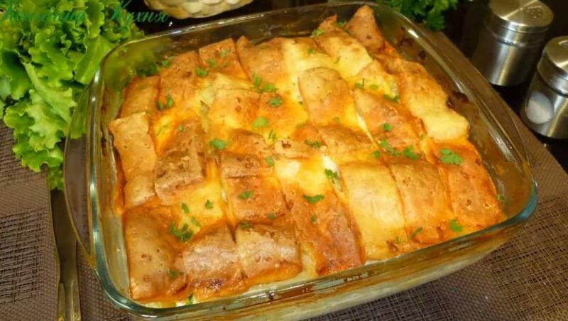 Простая и сытная картофельная запеканка с куриным фаршем в духовке