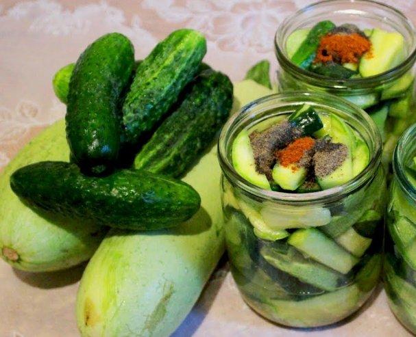 Салат из кабачков и огурцов на зиму фото