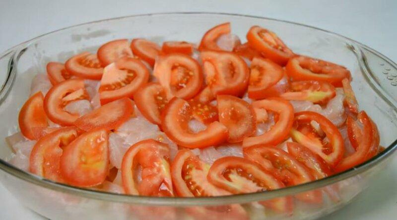 Четвертый слой — помидоры