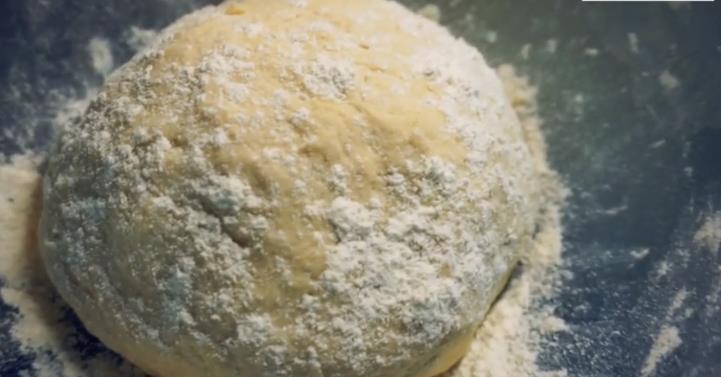Быстрое и вкусное дрожжевое тесто для беляшей