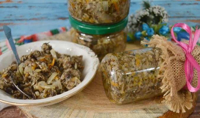 Быстрый рецепт самой вкусной грибной икры из вареных опят