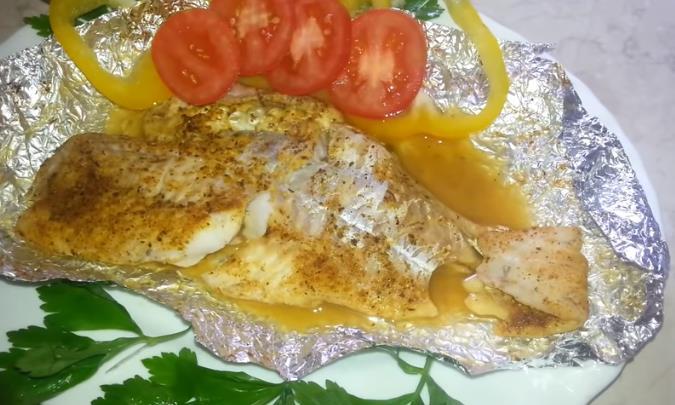 Треска запеченная в духовке с овощами: самые вкусные рецепты приготовления