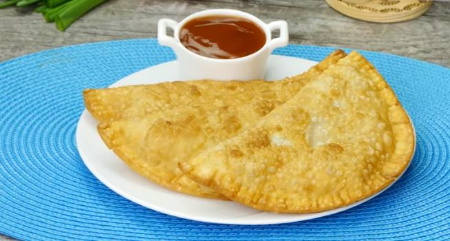 Чебуреки с мясом на сковороде — очень вкусные домашние рецепты самых сочных и хрустящих чебуреков