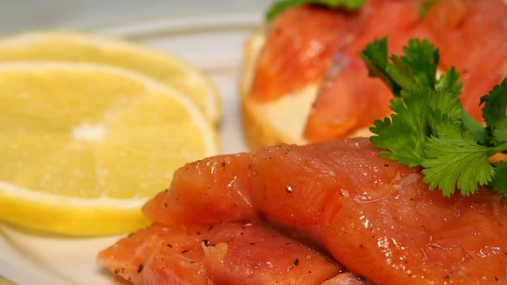 Горбуша соленая в домашних условиях — получается очень вкусная как семга