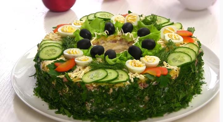 Праздничный мясной салат Сытый Барин к Новому году 2020