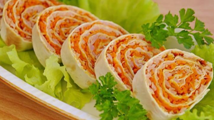 Рулет из лаваша с красной рыбой и плавленным сливочным сыром — изумительный рецепт на праздничный стол