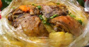 Курица с картошкой в рукаве в духовке — самые вкусные рецепты запекания