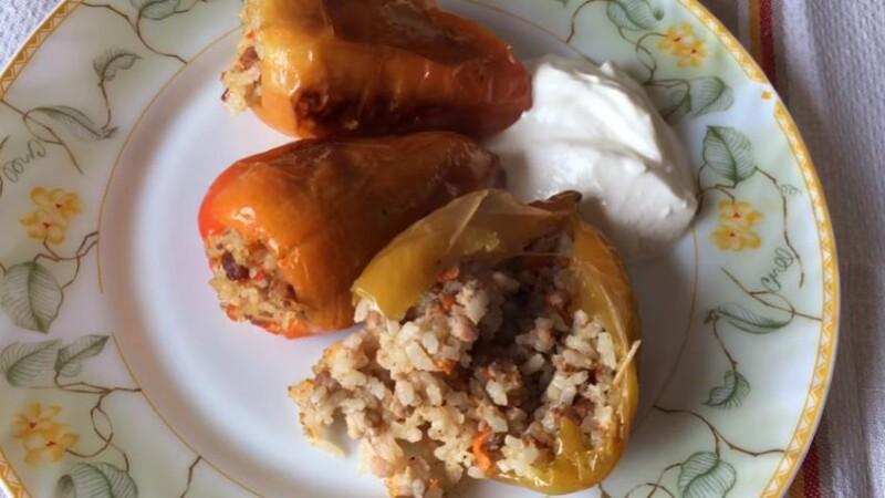 Перцы фаршированные фаршем и рисом, запеченные в духовке (простой фото-рецепт)