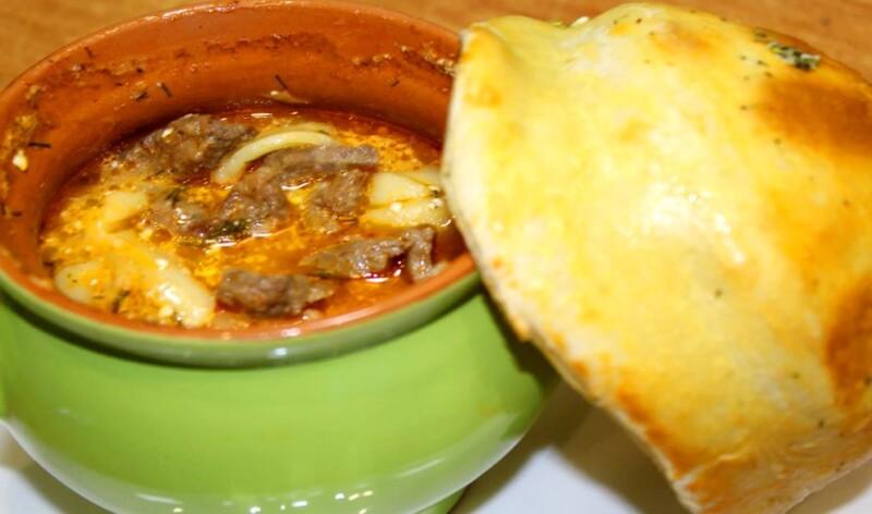 Пельмени по-амурски в горшочках с печенью в духовке (пошаговый фото-рецепт)
