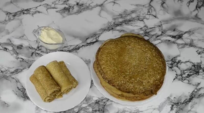 Заварные блины на кефире и молоке по простому рецепту — получаются тонкие с дырочками