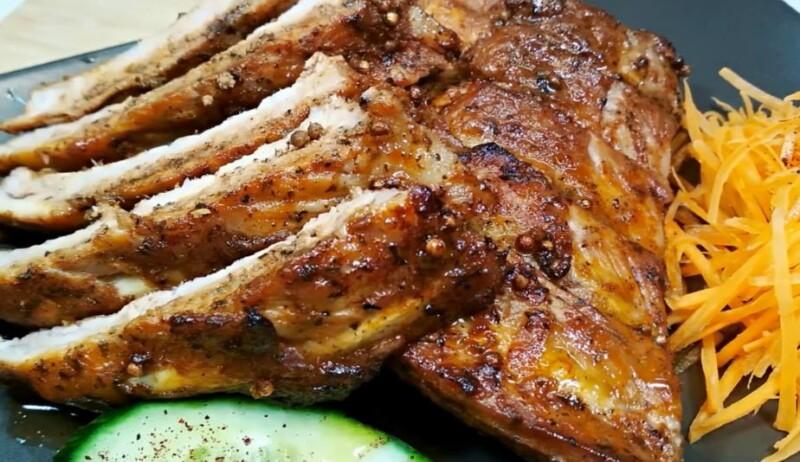 Как приготовить свиные ребрышки в духовке в рукаве для запекания — очень простой рецепт