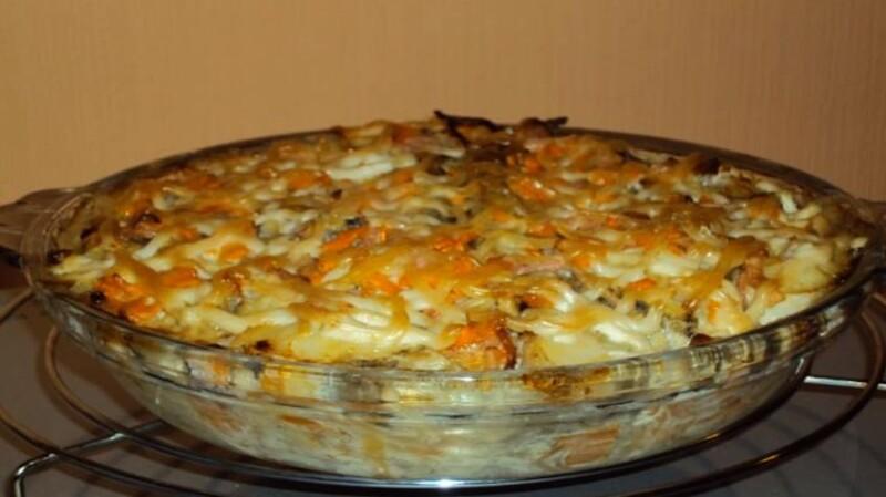 Зеркальный карп запеченный в духовке с картошкой в сметане — вкуснее просто не бывает