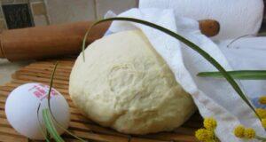 Дрожжевое тесто для пирожков в духовке и на сковороде — очень вкусное и воздушное как пух