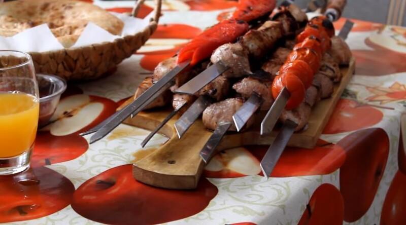 Советский маринад для шашлыка из свинины с уксусом и луком