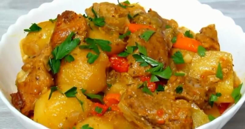 Свинина в рукаве с картошкой в духовке — простой и вкусный рецепт