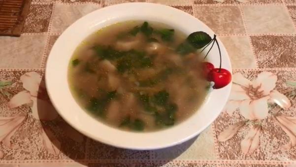 Как приготовить суп с крапивой и клецками без мяса