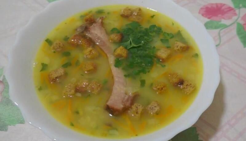 Классический гороховый суп с копченостями — рецепт с копчеными свиными ребрышками