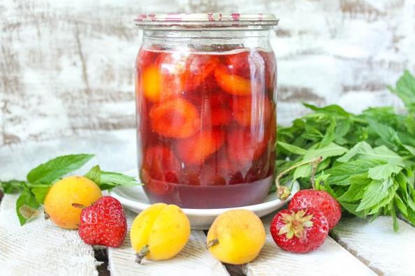 Варенье из клубники и абрикосов на зиму — рецепт густого варенья с целыми ягодами клубники