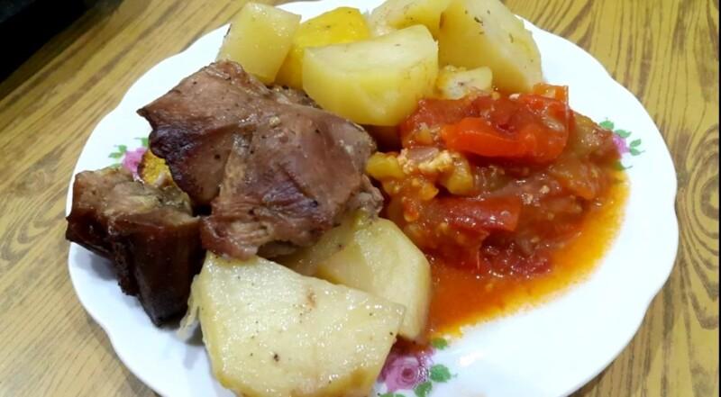 Кабачки в духовке кусочками (кружочками) с мясом и картошкой (быстро и вкусно)