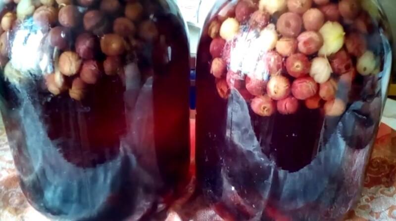 Компот вишневый на зиму в 3 литровых банках с крыжовником. Простой рецепт