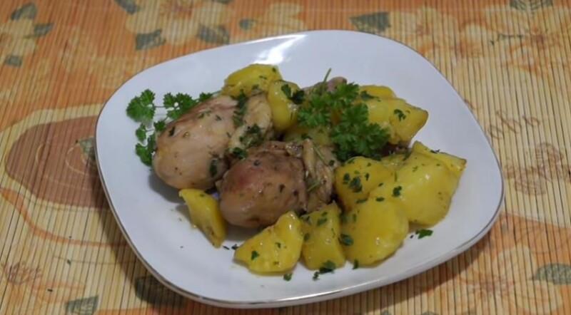 Куриные голени с картошкой в рукаве для запекания лучший рецепт в духовке