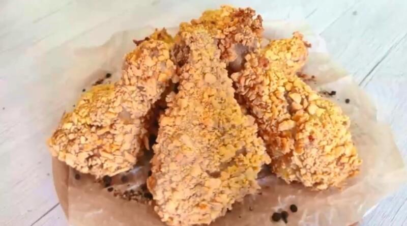 Куриные ножки как в KFS в панировке из кукурузных хлопьев — рецепт с хрустящей и золотистой корочкой